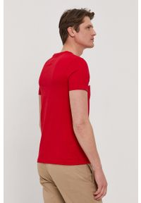 TOMMY HILFIGER - Tommy Hilfiger - T-shirt. Okazja: na co dzień. Kolor: czerwony. Materiał: bawełna. Wzór: nadruk. Styl: casual