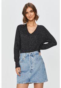 Czarny sweter Calvin Klein na co dzień, długi