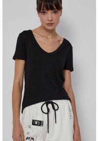 medicine - Medicine - T-shirt Basic. Kolor: czarny. Materiał: dzianina. Wzór: gładki