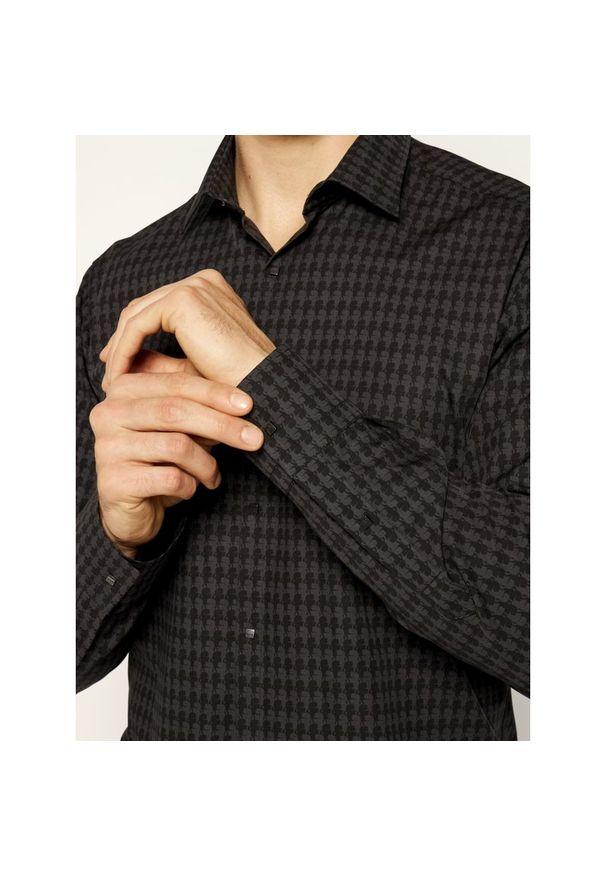 Czarna koszula casual Karl Lagerfeld z dekoltem karo
