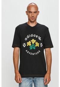 adidas Originals - T-shirt. Kolor: czarny. Wzór: nadruk