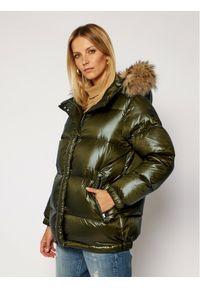 Zielona kurtka zimowa Woolrich