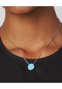 THE MARC JACOBS - Dwustronny naszyjnik The Medalion. Materiał: z mosiądzu, srebrne. Kolor: biały. Kamień szlachetny: kryształ