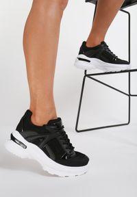 Renee - Czarne Sneakersy Hainei. Kolor: czarny