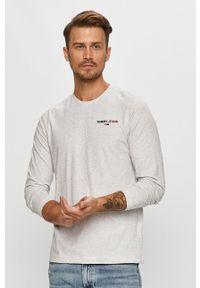 Szara koszulka z długim rękawem Tommy Jeans z aplikacjami, na co dzień