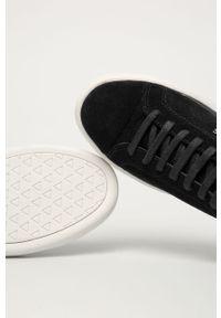 Czarne sneakersy Guess Jeans z okrągłym noskiem, z cholewką, na sznurówki