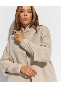 CINZIA ROCCA - Beżowy płaszcz z dzianinowymi detalami. Kolor: beżowy. Materiał: dzianina