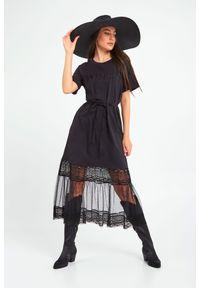 Sukienka TwinSet z krótkim rękawem, maxi, z haftami