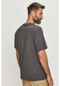 Szary t-shirt Levi's® biznesowy, na spotkanie biznesowe, z nadrukiem
