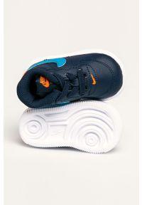 Niebieskie buty sportowe Nike Kids z cholewką