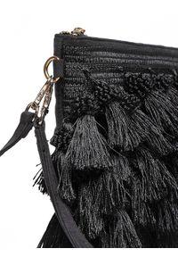 Czarna torebka TOP SECRET elegancka, w kolorowe wzory, na jesień