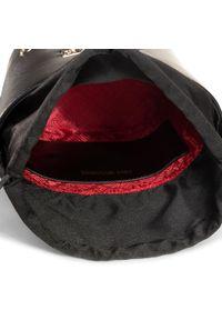 Czarna torebka worek Love Moschino klasyczna