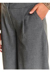 Szare spodnie TOP SECRET z podwyższonym stanem, w kolorowe wzory, eleganckie