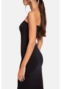 Czarna sukienka Wolford bez rękawów, casualowa, dopasowana, gładkie