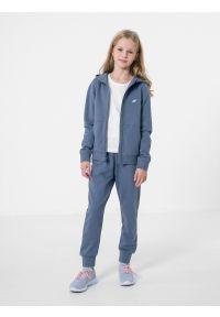 4f - Spodnie dresowe dziewczęce. Okazja: na co dzień. Kolor: niebieski. Materiał: dresówka. Styl: casual