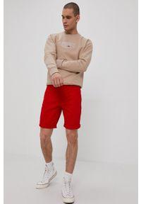 Tommy Jeans - Szorty. Okazja: na co dzień. Kolor: czerwony. Styl: casual