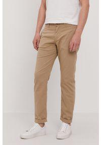 Selected - Spodnie. Okazja: na co dzień. Kolor: beżowy. Materiał: tkanina. Wzór: gładki. Styl: casual