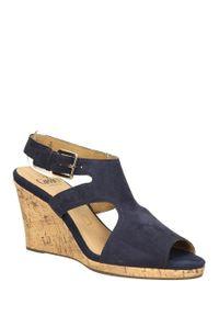 Niebieskie sandały Caprice eleganckie, na lato
