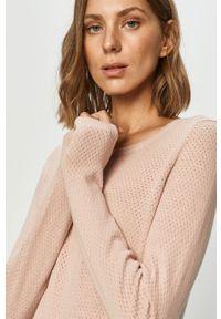 Różowy sweter Vero Moda na co dzień, casualowy