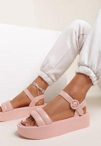 Renee - Różowe Sandały Larimisia. Kolor: różowy