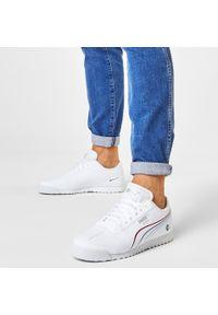 Białe sneakersy Puma na co dzień, z cholewką