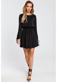 e-margeritka - Sukienka rozkloszowana z długim rękawem czarna - l. Kolor: czarny. Materiał: poliester, materiał, elastan. Długość rękawa: długi rękaw. Styl: boho, elegancki