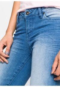 Dżinsy BOOTCUT bonprix niebieski bleached. Kolor: niebieski. Styl: elegancki
