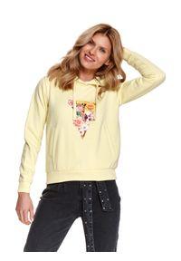 TOP SECRET - Bluza z kapturem i nadrukiem w kwiaty. Typ kołnierza: kaptur. Kolor: żółty. Materiał: tkanina. Długość: długie. Wzór: kwiaty, nadruk. Sezon: wiosna