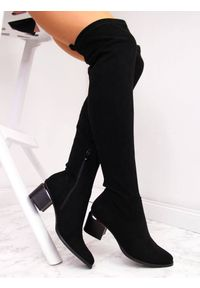 Kozaki damskie za kolano zamszowe czarne eVento. Wysokość cholewki: za kolano. Kolor: czarny. Materiał: zamsz. Szerokość cholewki: normalna
