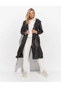 DIEGO M - Czarny płaszcz przeciwdeszczowy. Kolor: czarny