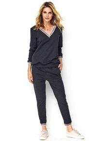 Makadamia - Grafitowy Dresowy Komplet Bluza + Spodnie. Kolor: szary. Materiał: dresówka