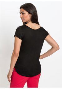 Shirt z kieszenią bonprix Shirt czarny. Typ kołnierza: dekolt w serek. Kolor: czarny. Długość rękawa: krótki rękaw. Długość: krótkie