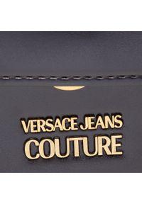 Versace Jeans Couture - Torebka VERSACE JEANS COUTURE - E1VWABC4 71876 899. Kolor: czarny. Wzór: aplikacja. Materiał: skórzane. Rodzaj torebki: na ramię