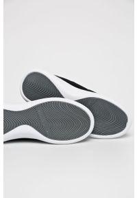 Czarne buty sportowe Calvin Klein Jeans na sznurówki, na średnim obcasie