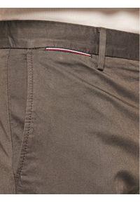 TOMMY HILFIGER - Tommy Hilfiger Spodnie materiałowe Denton MW0MW13852 Szary Straight Fit. Kolor: szary. Materiał: materiał