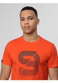 4f - T-shirt męski Wilfredo Leon x 4F. Kolor: pomarańczowy. Materiał: dzianina, bawełna. Wzór: nadruk