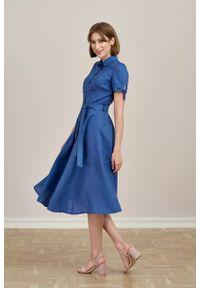 Marie Zélie - Sukienka Ariana lniana ciemnoniebieska. Kolor: niebieski. Materiał: len. Długość rękawa: krótki rękaw. Sezon: lato. Typ sukienki: szmizjerki, trapezowe