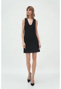 Nife - Mini Sukienka bez Rękawów - Czarna. Kolor: czarny. Materiał: poliester. Długość rękawa: bez rękawów. Długość: mini
