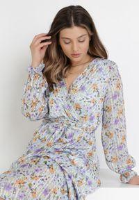 Born2be - Jasnoniebieska Sukienka Nephanthei. Kolor: niebieski. Materiał: tkanina, materiał. Długość rękawa: długi rękaw. Wzór: kwiaty, aplikacja. Typ sukienki: kopertowe. Długość: maxi