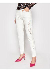 Guess Jeansy Embroidery W1GAJ3 D4CO4 Biały Skinny Fit. Kolor: biały