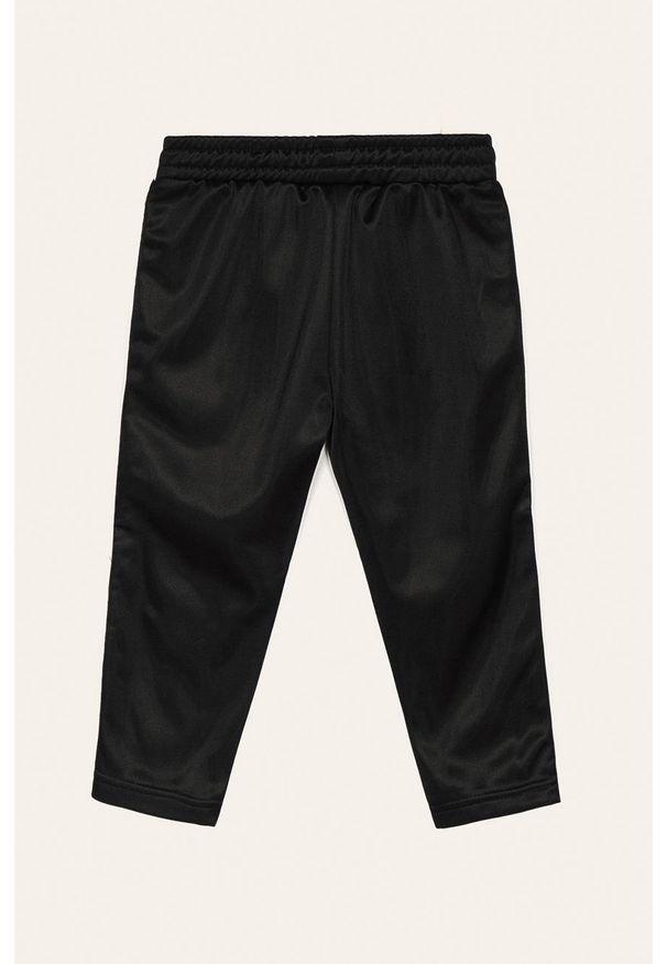 Czarne spodnie dresowe Fila z nadrukiem