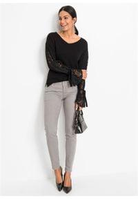 Sweter bonprix czarny. Typ kołnierza: dekolt w serek. Kolor: czarny. Materiał: koronka. Długość rękawa: długi rękaw. Długość: długie. Styl: elegancki