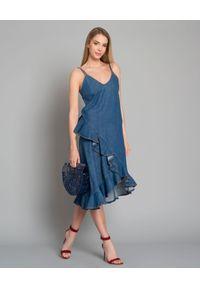 Kenzo - KENZO - Sukienka jeansowa z falbanką. Kolor: niebieski. Materiał: jeans. Długość rękawa: na ramiączkach. Sezon: lato. Typ sukienki: asymetryczne. Długość: midi