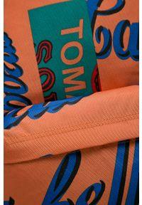 Pomarańczowy plecak Eastpak z nadrukiem