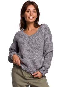 MOE - Klasyczny Sweter z Dekoltem V z Przodu i na Plecach - Szary. Kolor: szary. Materiał: wełna, nylon, akryl. Styl: klasyczny
