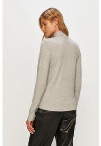 Szary sweter Vila na co dzień, długi, casualowy
