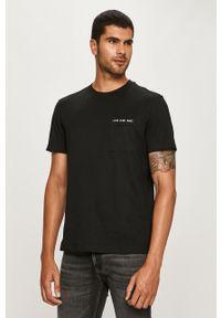 Czarny t-shirt Calvin Klein Jeans na co dzień, z okrągłym kołnierzem, casualowy