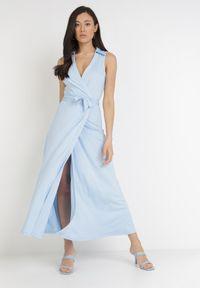 Born2be - Jasnoniebieska Sukienka Orphithise. Kolor: niebieski. Materiał: materiał. Długość rękawa: bez rękawów. Typ sukienki: kopertowe. Długość: midi
