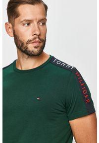 Zielony t-shirt TOMMY HILFIGER casualowy, na co dzień, z aplikacjami