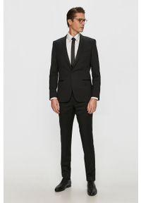 Czarny garnitur Hugo